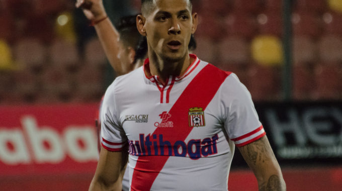 Mauro Quiroga lleva a Necaxa de vuelta al primer lugar