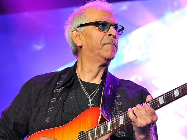 El guitarrista Jorge Santana, hermano de Carlos, muere a los 68 años