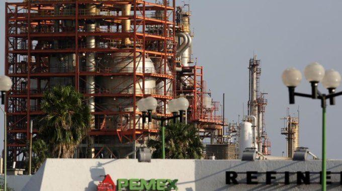 México se mueve para lanzar la cobertura de petróleo más grande del mundo