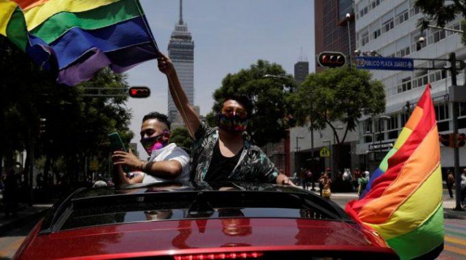Ciudad de México se convierte en la primera jurisdicción del país en prohibir la terapia de conversión