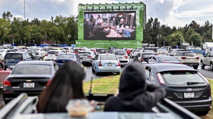La Fórmula Uno da paso al cine drive-in en México