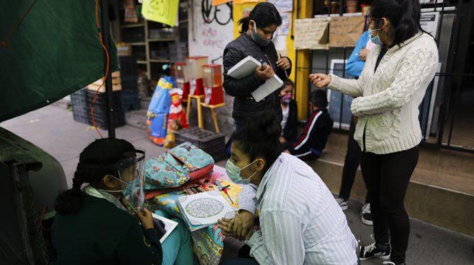 Tienda de tortillas de México ofrece TV e Internet gratis para escolares