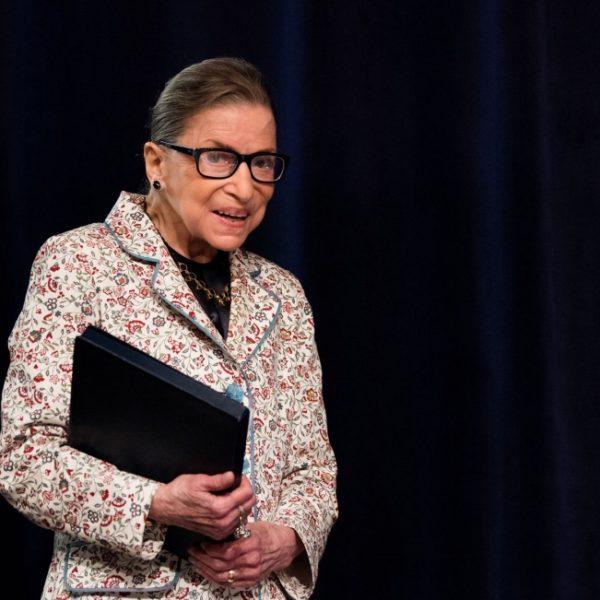 Ruth Bader Ginsburg, defensora de los derechos LGBTQ en el banquillo, muere a los 87 años