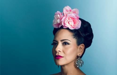 Esperanza realiza una gira culinaria y musical por México