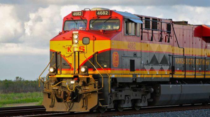 Kansas City Southern impulsa los envíos ferroviarios de productos refinados a México
