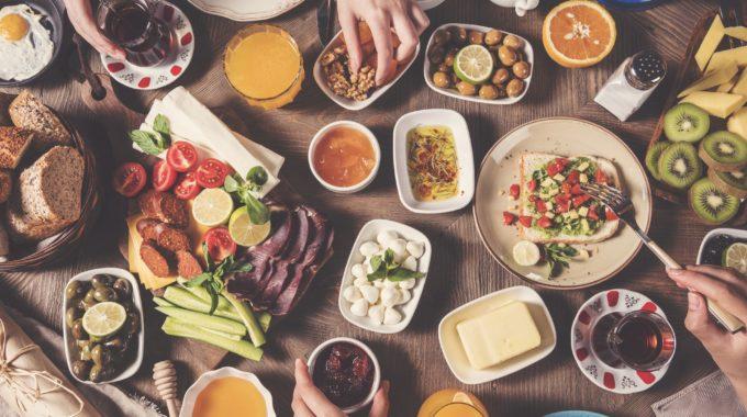 Google está desarrollando dos nuevas herramientas para ayudar a abordar el desperdicio de alimentos y el hambre