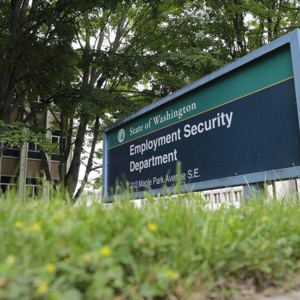 Caen nuevas solicitudes de desempleo en el estado de Washington, pero aumenta la tasa de desempleo