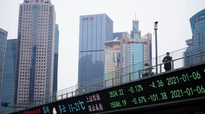 Las acciones asiáticas suben mientras los planes de estímulo de EE. UU. Compensan los problemas del virus