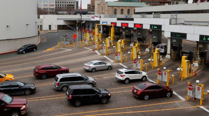 Estados Unidos y México mantendrán las restricciones de viaje por la frontera hasta el 21 de enero