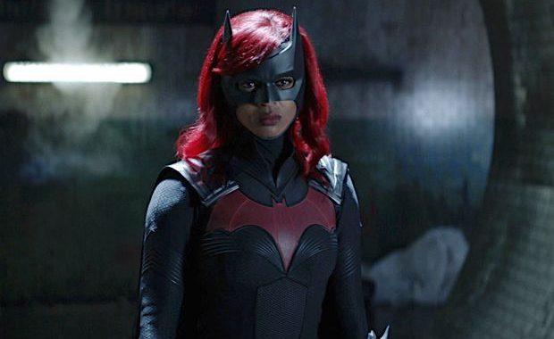 Batwoman Boss, Javicia Leslie opinan sobre el acto de desaparición de Kate y el [Spoiler] de Ryan en el estreno de la temporada 2