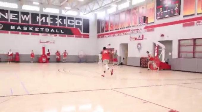 Mesa de deportes: el baloncesto masculino de Lobo agrega un juego, cambia de ubicación