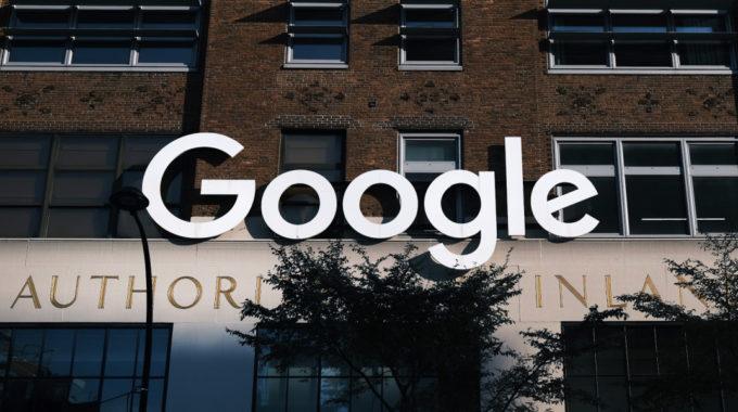 Google entrenó un modelo de lenguaje de inteligencia artificial de billones de parámetros