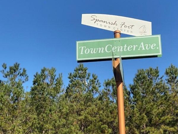 Inicio de nuevo desarrollo en Spanish Fort Town Center
