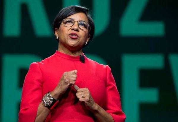 Walgreens elige al ejecutivo de Starbucks Brewer como su nuevo CEO