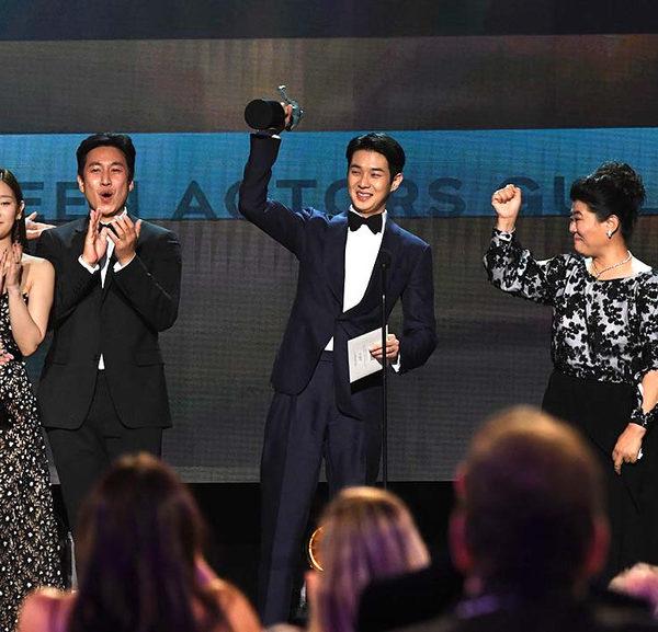 ¿Es el premio SAG al reparto de películas sobresalientes un buen predictor del Oscar a la mejor película?