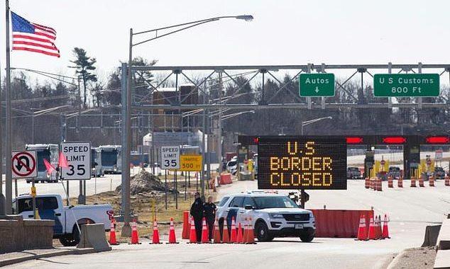 Las fronteras permanecerán cerradas con México y Canadá hasta febrero