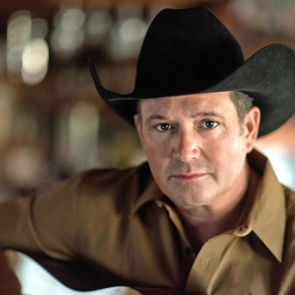 La estrella del country Tracy Byrd actuará en el Teatro Broadway