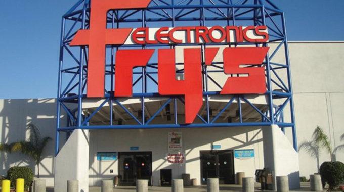Se rumorea que Fry's Electronics cerrará permanentemente en todo el país esta noche
