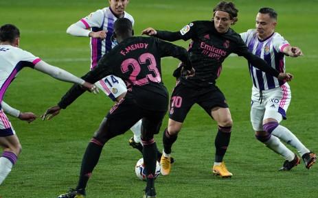 España espera que Real Madrid y Atlético frenen el declive de la Liga