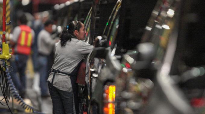 Estados Unidos pide a México que investigue cuestiones laborales en G.M. Instalaciones
