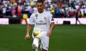 Eden Hazard fuera de lugar en el súper club Real Madrid