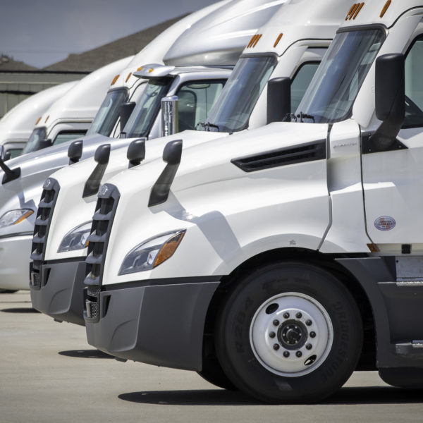 Borderlands: exportaciones de camiones comerciales de México aumentan 277%